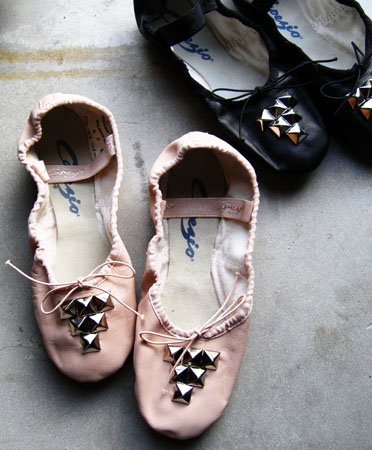 studded-ballet-slippers-0a